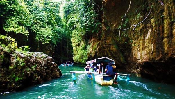 8Wisata_Green_Canyon_Jawa_Barat
