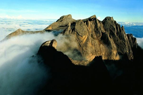 Kinabalu Berdiri Di 4000 Mdpl Indonesia360derajat